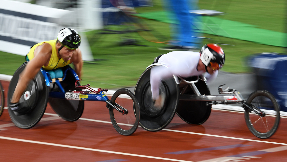 Kurt Fearnley during the T54 1500m Final at the Commonwealth Games. Pic: Nick La Galle